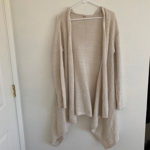 Hooded off white cardigan